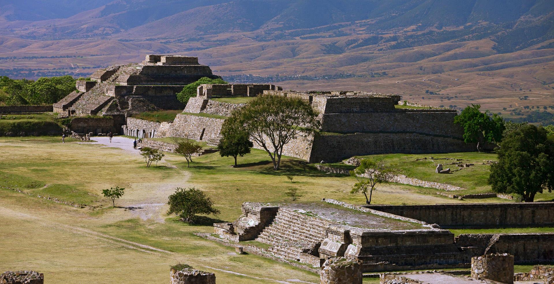 Aztecas y Mayas con Riviera Maya 2020